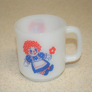 1970s Raggedy Ann And Andy Milk Glass Coffee Cup